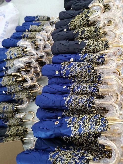 定制创意折叠礼品伞、高端个性商务晴雨折叠伞、折叠伞制作厂家